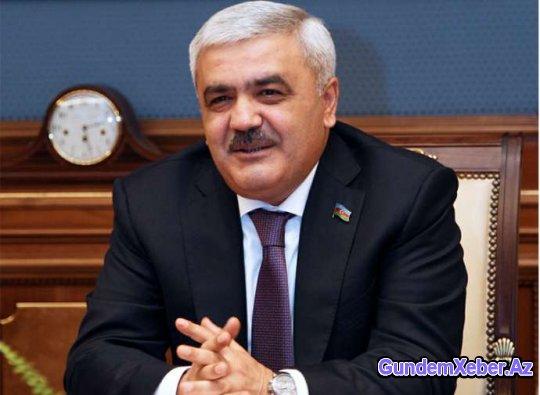 """Rövnəq Abdullayev """"Qarabağ"""" və """"Qəbələ""""ni təbrik etdi"""