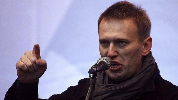 Rusiyanın müxalifət lideri Aleksey Navalnı Vladimir Putini məhkəməyə verib