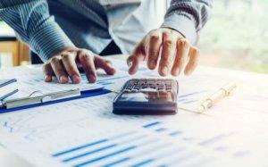 Banklarda yüksək komissiya XƏRCLƏRİ: Faizləri kim MÜƏYYƏNLƏŞDİRİR? - AKTUAL