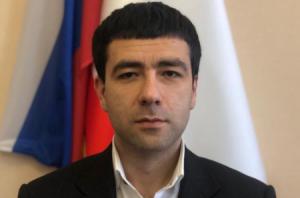 """Gəncədə anadan olan Petrosyan """"nazir"""" təyin edildi"""